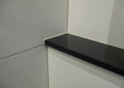 WC Toilette Granitablagenversiegelung (Sanitärfugen)