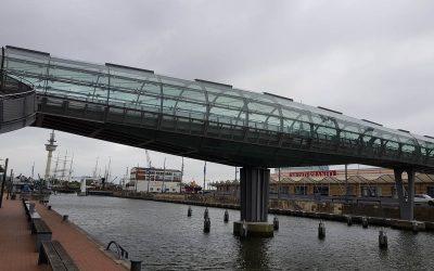 Fugen- und Sanierungsarbeiten der Glasröhrenbrücke